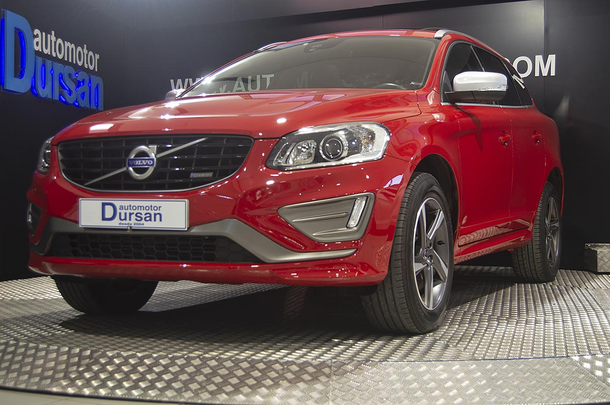 Volvo XC60 2.0 D3 R-Design Kinetic Auto 0000005650